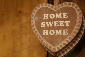 """Home Sweet Home"" decoration"